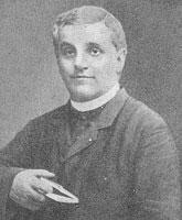Sacerdote Giulio Tarra