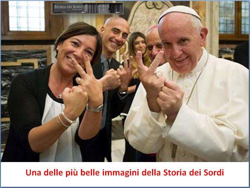 Papa Francesco sostiene Lis